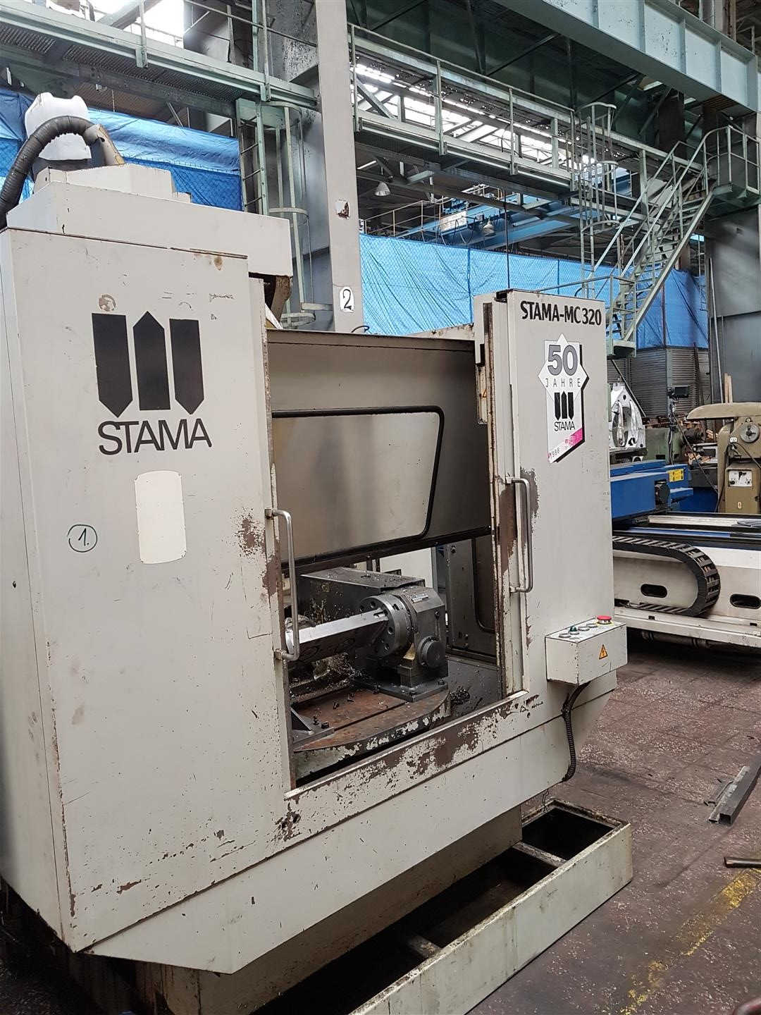 VMC with Pallet changer